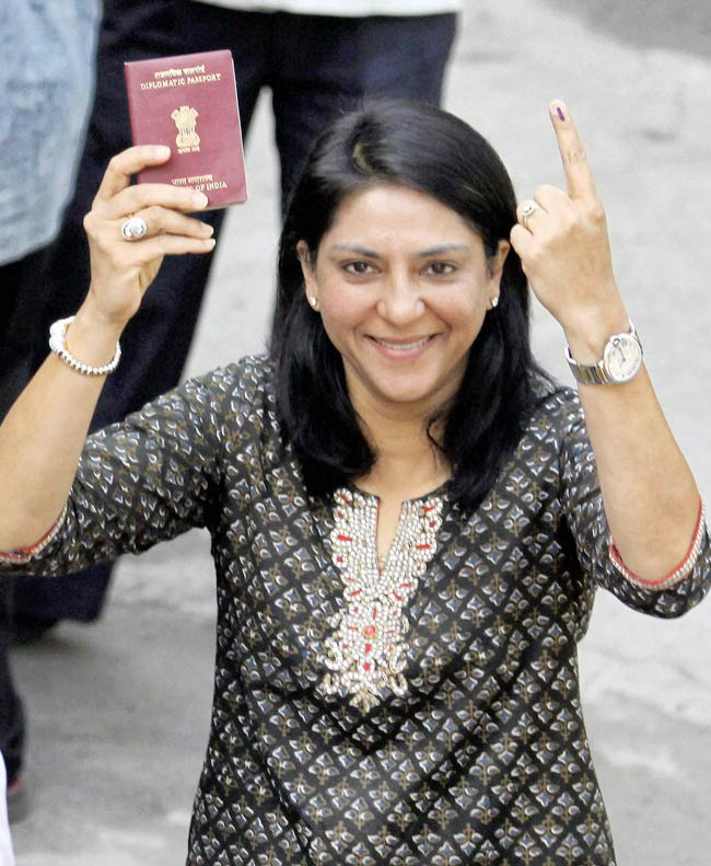 hot-indian-politician-7